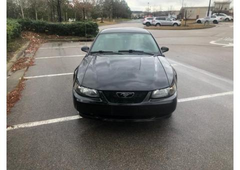 2003 Ford Mustang V6 - GREAT CONDITION
